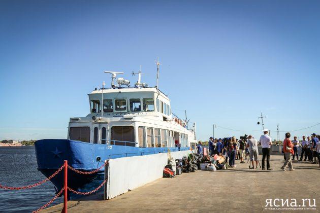TX3A0385-630x420 «Плавучий университет»: Ученые и студенты исследуют реку Лену