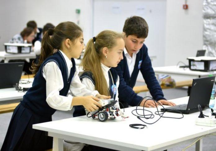 1672-696x478-1-696x487 В Якутии для юных дарований откроется первый технопарк «Кванториум»