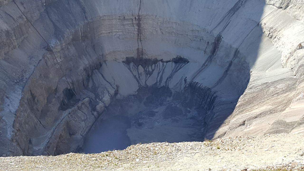 Иззатопленной шахты вЯкутии подняты 142 горняка