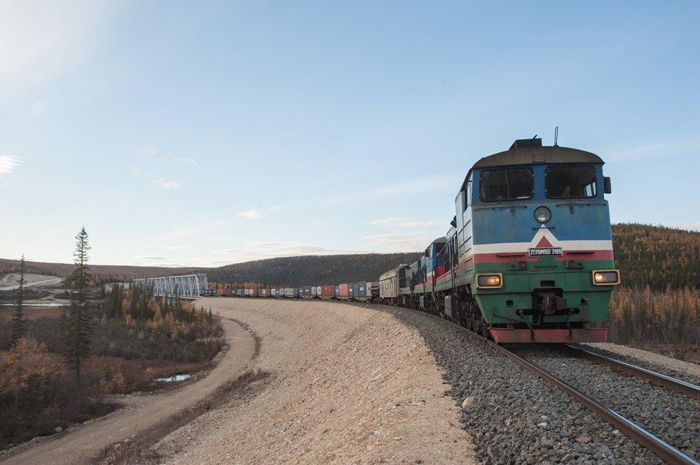 Погрузка на железной дороге в Якутии выросла на треть в мае