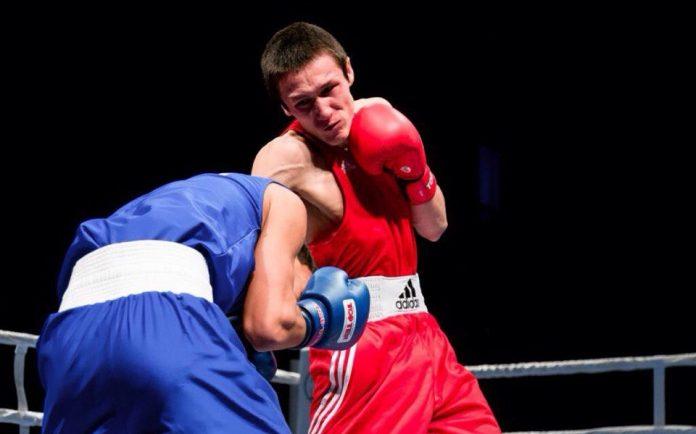 lojnicov-696x434 Якутский боксер Артур Ложников стал бронзовым призером чемпионата России
