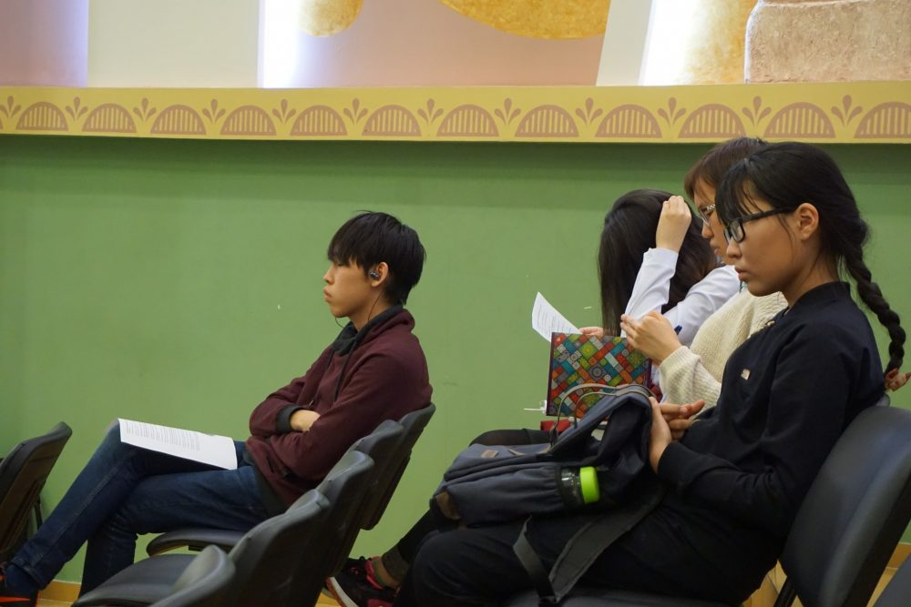 Выпускники Республиканского лицея-интерната провели лекции для школьников