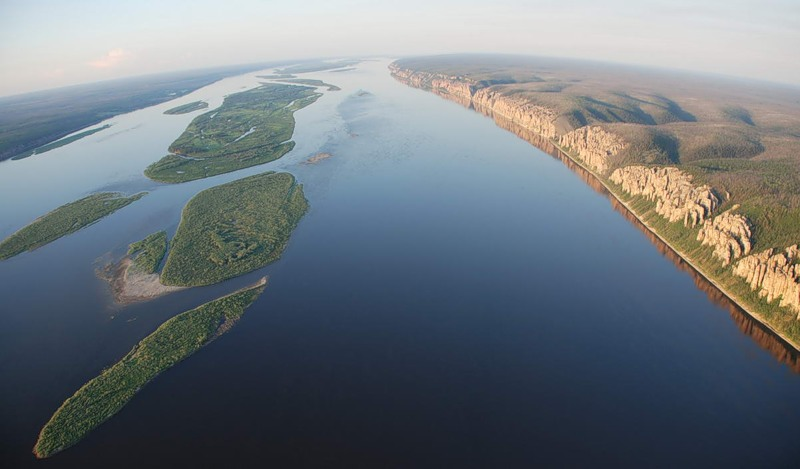 На реках Якутии продолжается понижение уровня воды