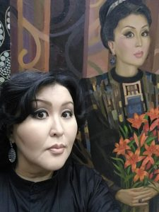 Художник Семен Луканси написал портрет оперной дивы Айталины Адамовой