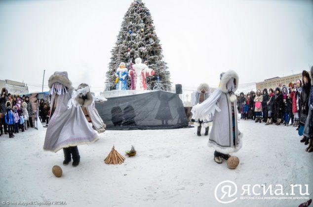 DSC_4322-634x420 В Якутске состоялся праздник встречи Солнца