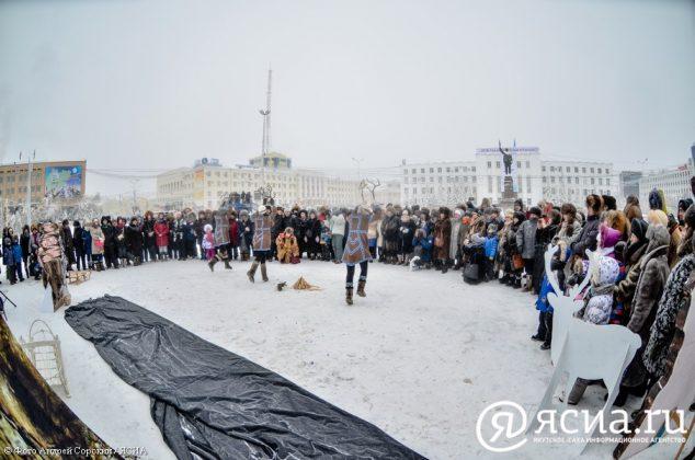 DSC_4338-634x420 В Якутске состоялся праздник встречи Солнца