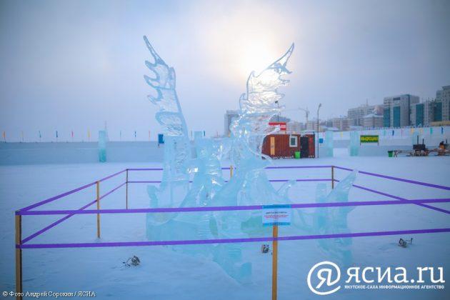 IMG_0010-630x420 В Якутске открылся ледовый городок «Северное сияние»