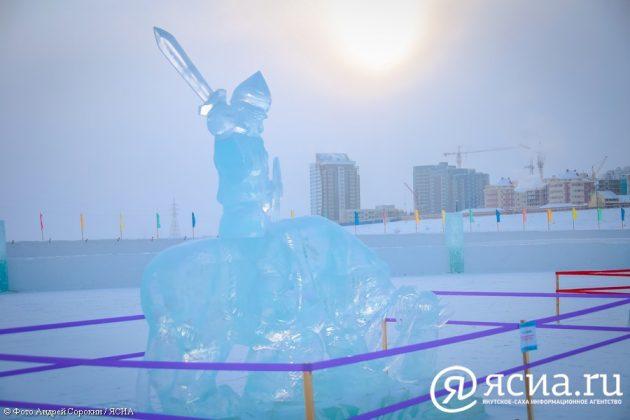 IMG_0046-630x420 В Якутске открылся ледовый городок «Северное сияние»