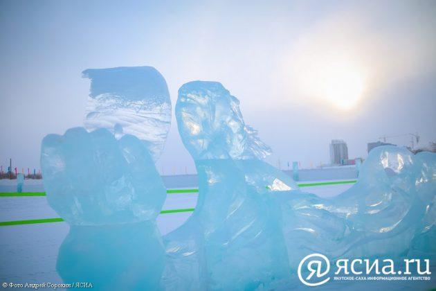 IMG_0062-630x420 В Якутске открылся ледовый городок «Северное сияние»