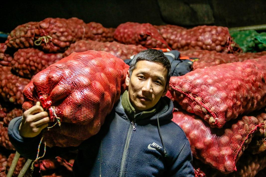 «Наши люди»: Чурапчинский фермер о первом урожае и своей мечте