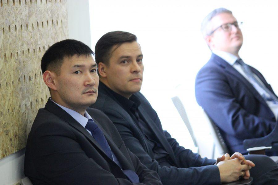 Юрий Трутнев наСахалине прокомментировал трагедию срыболовным судном «Восток»