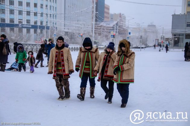 IMG_9690-630x420 В Якутске состоялся праздник встречи Солнца