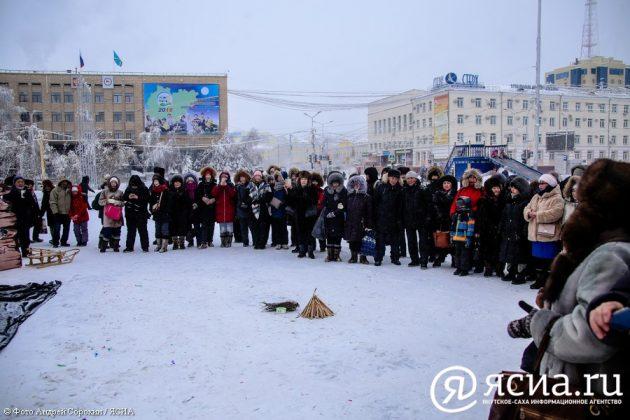 IMG_9693-630x420 В Якутске состоялся праздник встречи Солнца