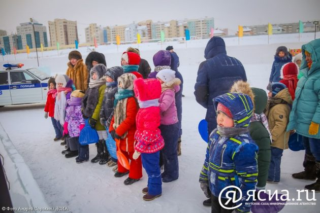 IMG_9963-630x420 В Якутске открылся ледовый городок «Северное сияние»