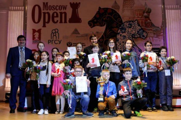 picgal-big-3350-633x420 Школьник из Якутска стал обладателем кубка по шахматам Moscow Open