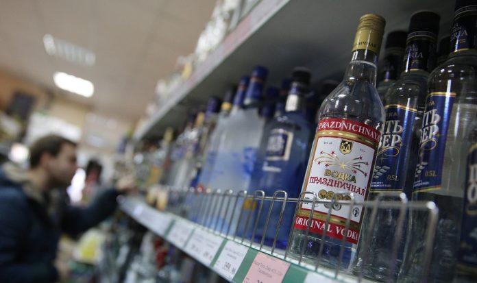 vodka-in-0-696x413 Продажу алкоголя запретили в восьми наслегах республики
