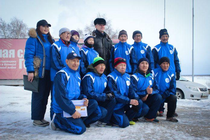 IMG_1040-696x464 За Победу: Легкоатлеты пробегут эстафету из Якутска до Магадана