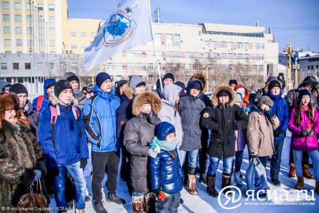IMG_9402-1-630x420 В центре Якутска открылся новый общественный каток