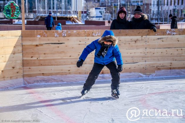 IMG_9486-630x420 В центре Якутска открылся новый общественный каток