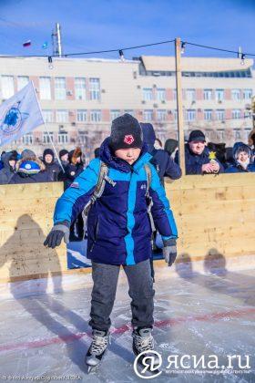 IMG_9618-280x420 В центре Якутска открылся новый общественный каток