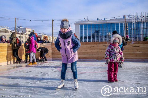 IMG_9644-630x420 В центре Якутска открылся новый общественный каток