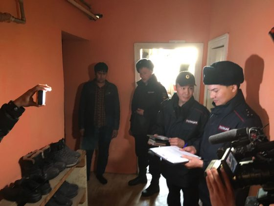 kvartira-5-560x420 Мигранты в Якутске: «Резиновые квартиры», нелегальные таксисты и овощные монополисты