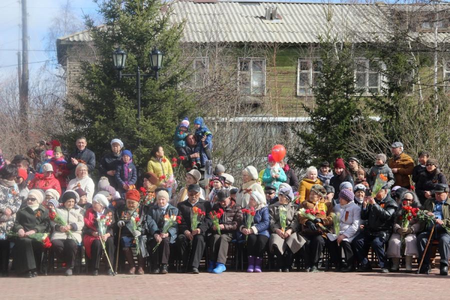 Ветераны Мирнинского района получат помощь ко Дню Победы
