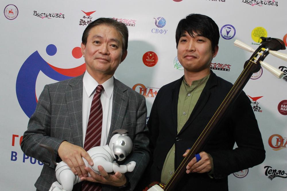 Генеральный консул Японии в Хабаровске представит в Якутске собаку-робота