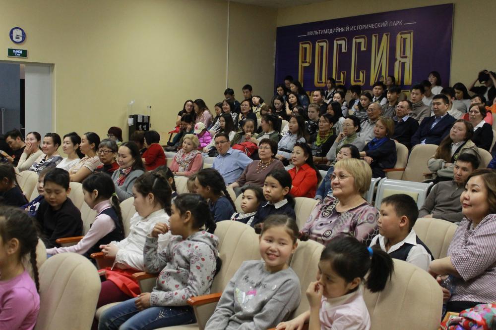 IMG_9882-e1525420716642 В Якутске состоялась премьера первого фильма о загадочных Тукуланах