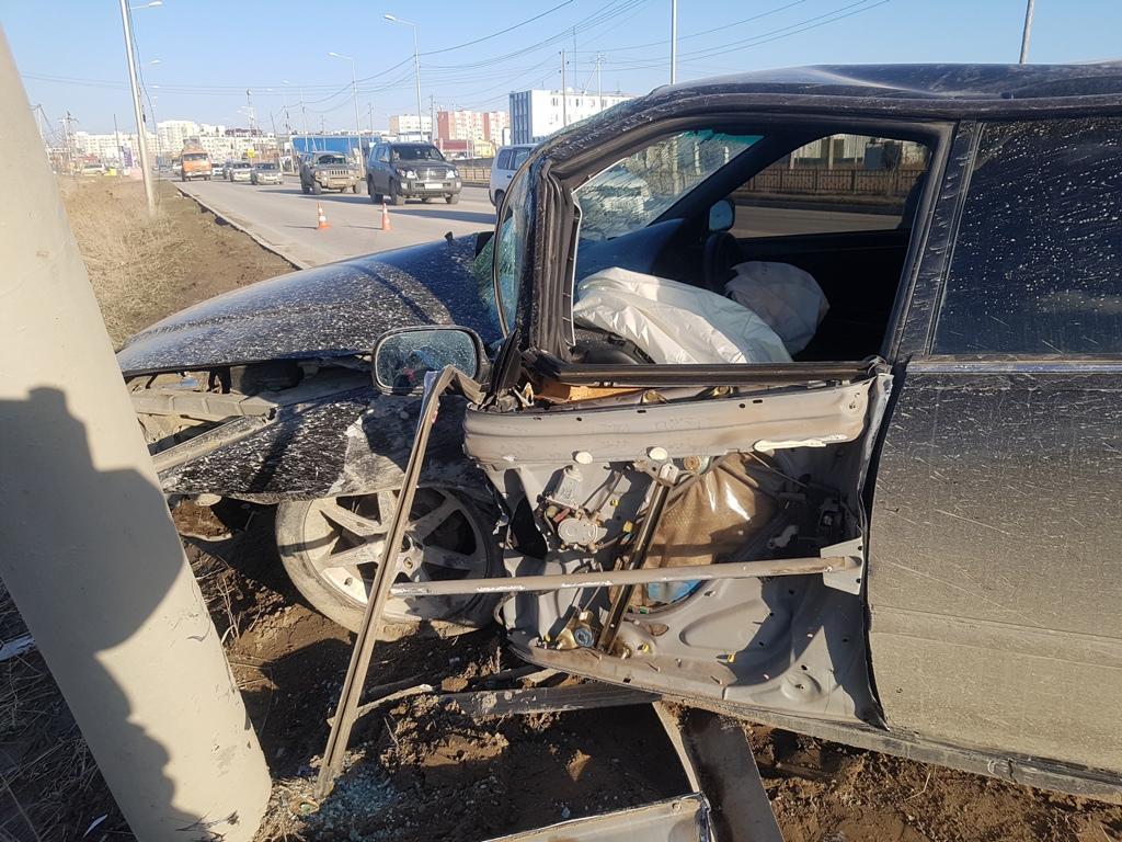 На Вилюйском тракте пьяный водитель устроил ДТП