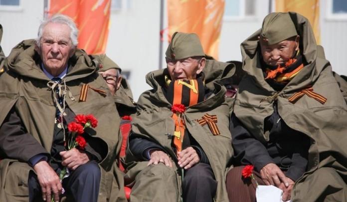 """Законопроект """"О детях войны"""", инициированный главой Якутии, принят в первом чтении"""