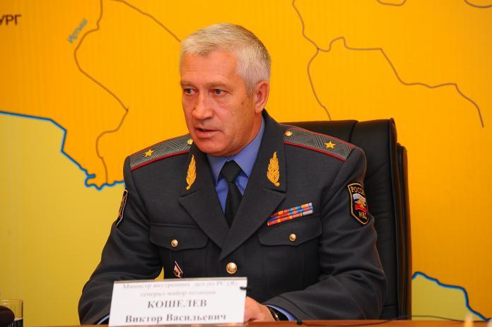 main-1-696x463 Путин уволил бывшего министра ВД Якутии Виктора Кошелева