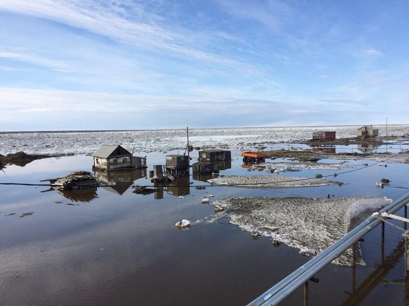 В Усть-Янске подтоплены 81 дворовых территорий и 5 жилых домов