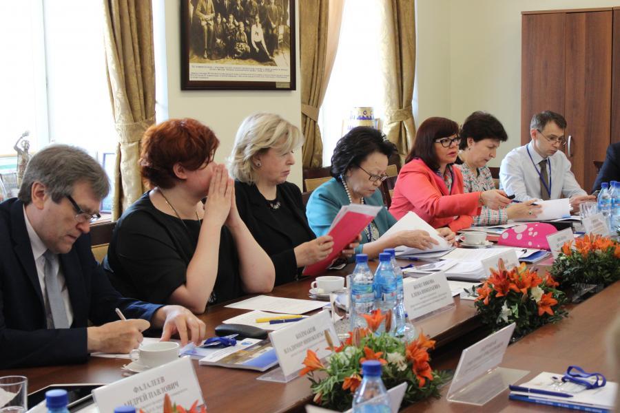 В СВФУ обсудили будущее федеральных университетов после разделения Минобрнауки РФ