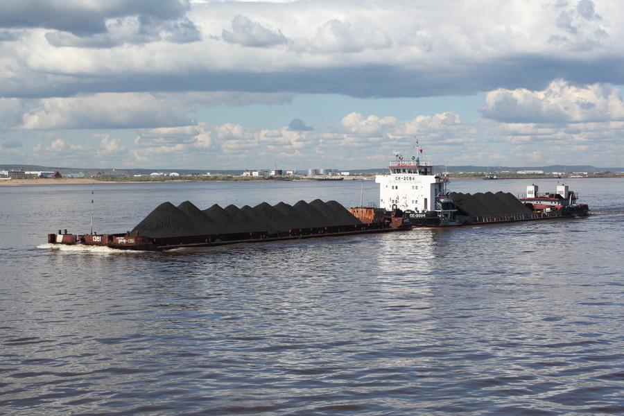 В Якутии по рекам доставлено более 188 тысяч тонн грузов