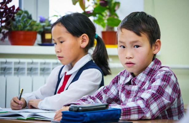 Предложения Якутии учтены: Госдума приняла во втором чтении законопроект об изучении родных языков