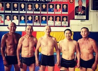 Семь якутских мастеров-ветеранов отправились на чемпионат России по вольной борьбе