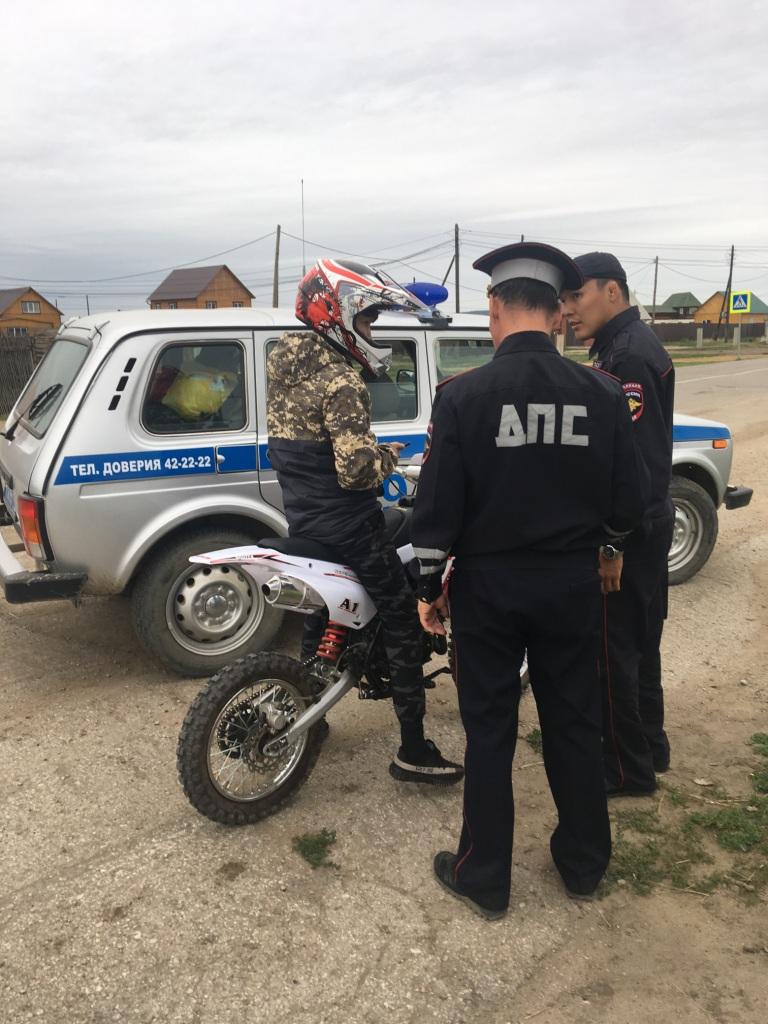 ГИБДД начинает рейды по пригородам: на контроле юные скутеристы и велосипедисты