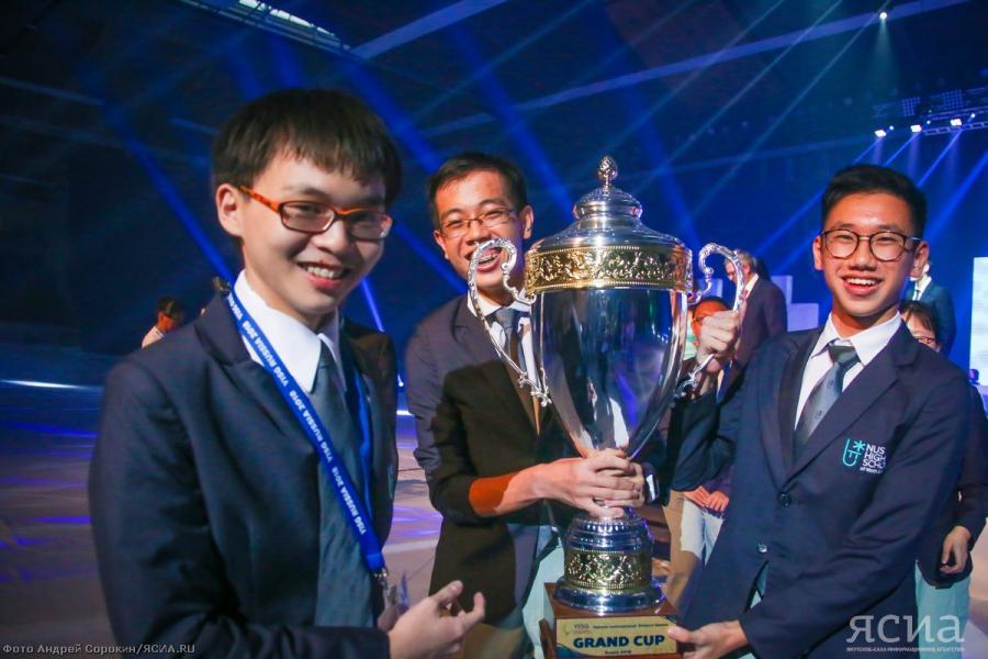 Кубок Международных интеллектуальных игр завоевала научная школа из Сингапура