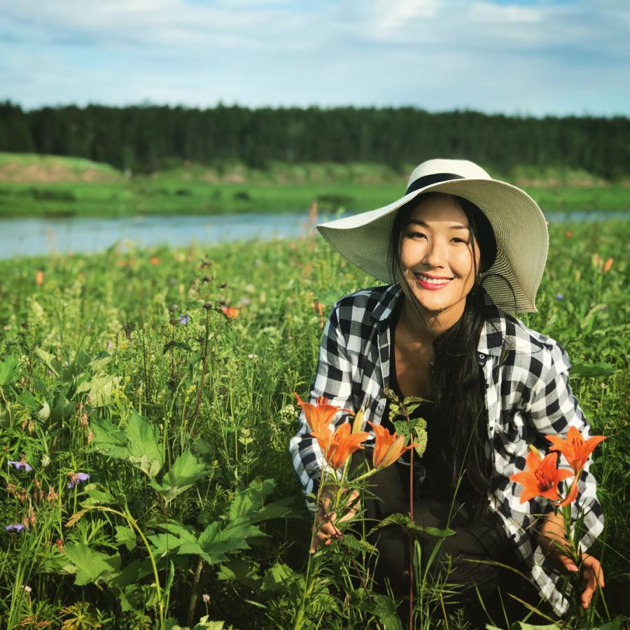 Сочи, Италия, родные края: Как проводят лето якутские актеры