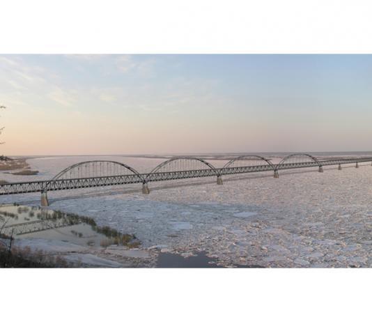 Якутии нужен мост через Лену в совмещенном варианте