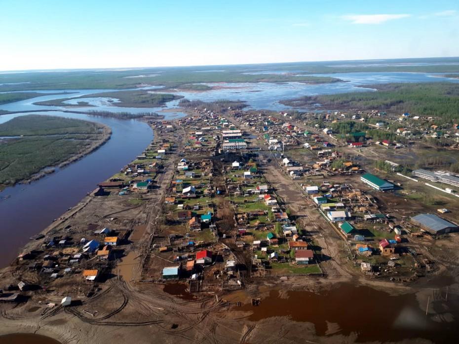 В селе Аргахтах Среднеколымского района вода начинает убывать