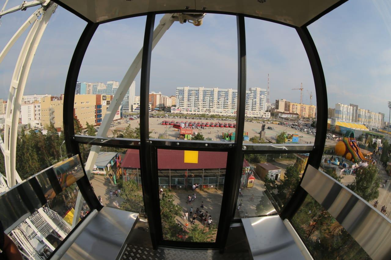 Причин бояться нет: На новом колесе обозрения в парке Якутска заменяют гайки