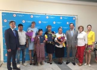 Министр цифрового развития России вручил награды сотрудникам Якутского филиала Почты России
