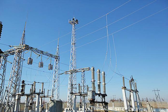 Энергетики доставят трансформатор в Горный улус