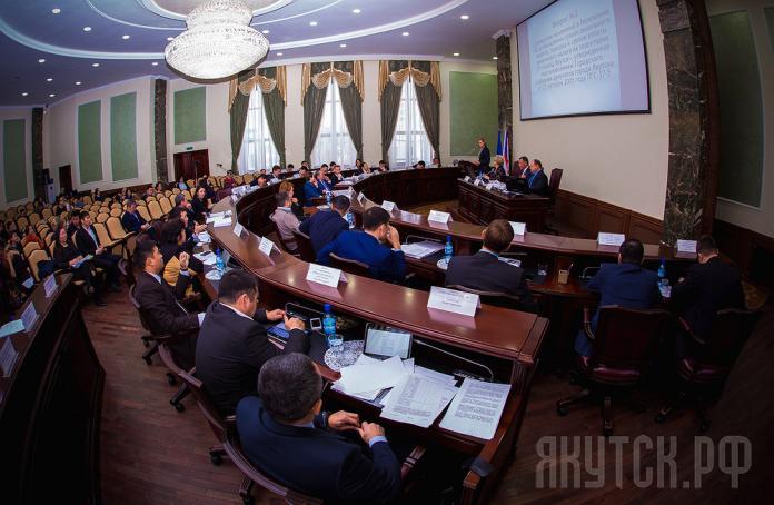 ТИК завершил регистрацию кандидатов в депутаты Якутской гордумы