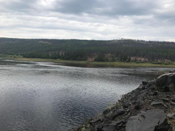 Вода рек Малая Ботуобуя и Вилюй до села Сюльдюкар очистилась