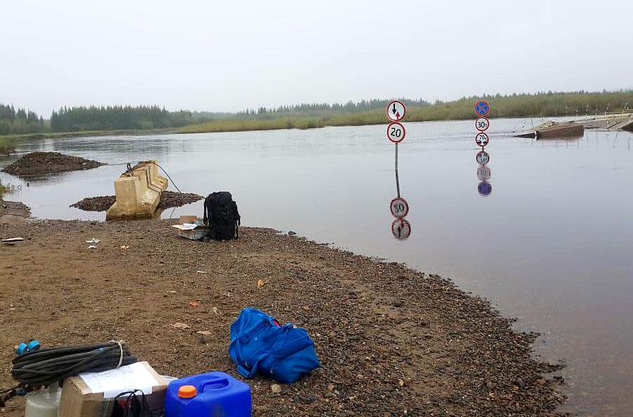 Вода в районе переправы на реки Малой Ботуобуйе продолжает падать