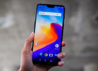 Названы лучшие смартфоны 2018 года
