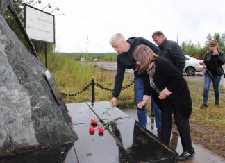Память первых шахтеров почтили во время историко-краеведческой экспедиции